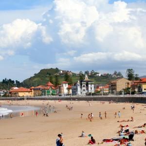 Playa de Ribadesella (16 km)